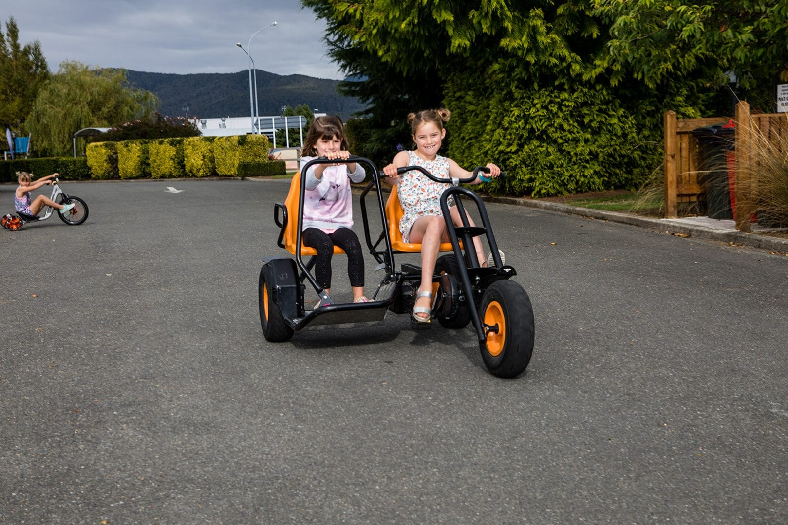 Te Anau TOP 10 Holiday Park - trikes